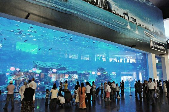 Dubai_mall-2011