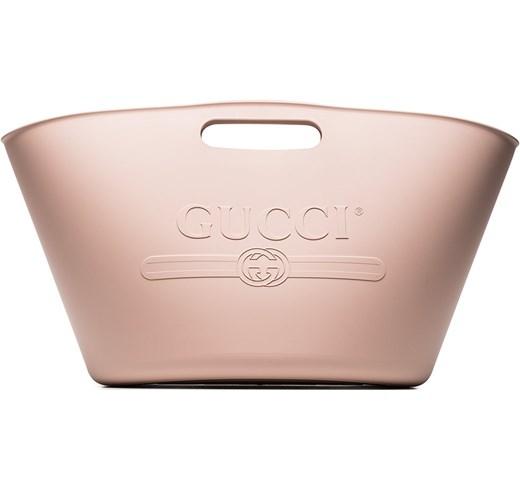 I520x490-gucci-bolso-de-playa-de-goma-con-logo-en-relieve-unavailable-farfetch-el-rosa