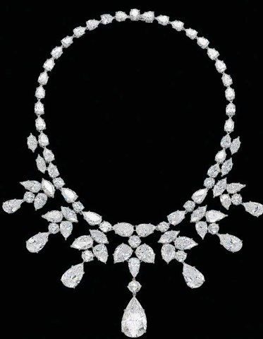 Christies-Diamond-necklace