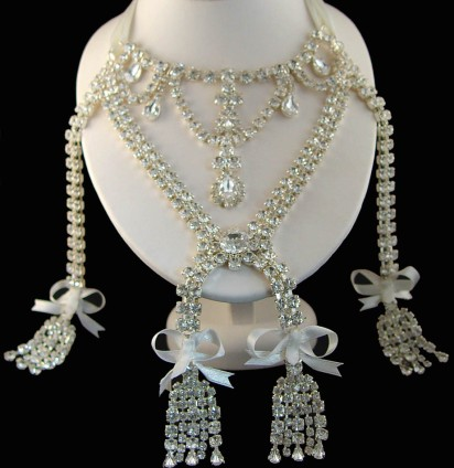 The-Marie-Antoinette-Necklace